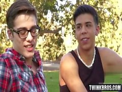 Latin twinks anal rimming con culo creampie