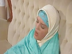 Arabo musulmano con belle tette Gets scopare del Doggy Stile