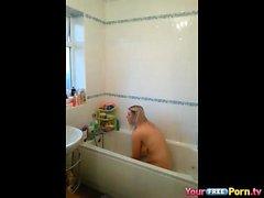 Hankaumajälkiä Omassa Parrents kylpyamme