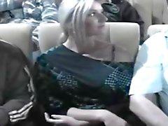 Nikki tastete in die Kinos
