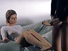Babes in pantyhose Diversi Erotica con cinturino a