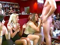 Kızlar krem şanti için carzy gitmek