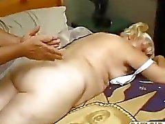Gorduroso maduro fode The Massage do menino de dow50