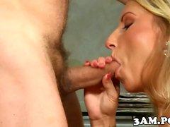 Callgirl hookup cumsprayed on ass