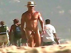 Nude Strand