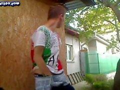 Twink mostrar ao ar livre
