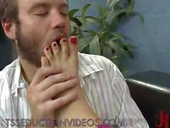 Guy fucks feet of tranny and anal fucked