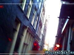 La prostituée néerlandaise obtient le sperme