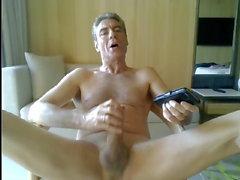 baba onun otel odasında mastürbasyon