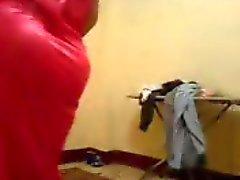 Dansa sedan blåsa hennes Bf från Egypten