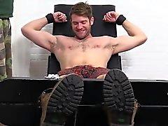 Colby Келлера с совершенным телом становится фута палец ноги першения