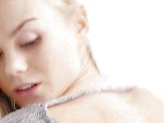 TheWhiteBoxxx - intohimoisesti eroottisen hittoa kanssa glamouria ukraina blondi