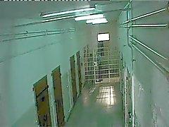 Maltratados en el prisión , cárcel