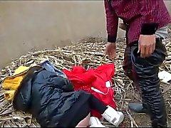 Dos adolescentes chineses de sexo públicas