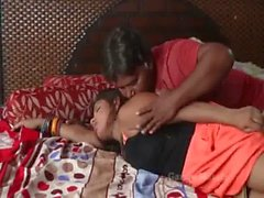 Jawan Bhabhi ki ijjat gayi - Uncle forcing young lady for Relationship - #Hindi #Hot #Short