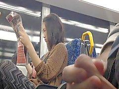 De Flash de Fille asiatique bord du train