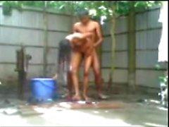Bangladeshi figlio n della ragazza cazzo fin vasca esterna