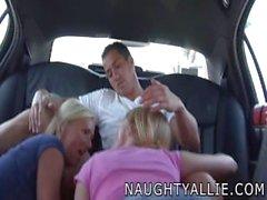 Naughty Allien - Kum vaihtuminen Limousine aja