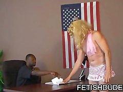 Siyah adam Sıcak Boi'daki olarak Rezil Çapraz Dresser İşaretle Galftone