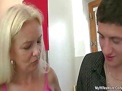 Fils du la femelle ! Vous avez baise ma maman ? ! ?