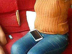 köstliche verheiratete MILF in engen Jeans Voyeur PAWG HD