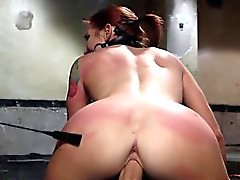 Moglie tettona accidental creampie