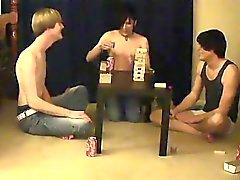 Hombres bisexuales mamando la polla de seguimiento William se reúnen el ingenio