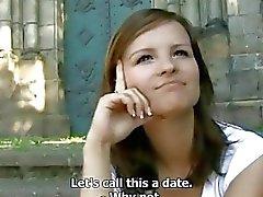 Czech teen succhia e scopa del parco