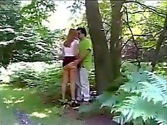 Hacer casera en el bosque