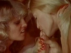 Алана Адриана Steven Grant Ронды Йо Петти сбора винограда в сцене секса