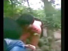 Индонезия джилбаба Хиджаб девушкой трахавший БФ в джунглями