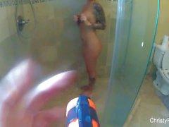 Wasser Pistole Spaß mit super sexy Christy Mack