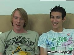 Gerade Männer posieren nackt zusammen Homosexuell Bald genug war es t