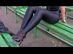 Fille en spandex leggings russian collants