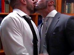 Muscle eşcinsel fetiş ve cumshot
