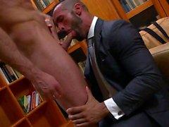 Muskel Homosexuell Fetisch und Cumshot