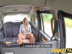 Fake Taxi John saa hyvän taksihihnan