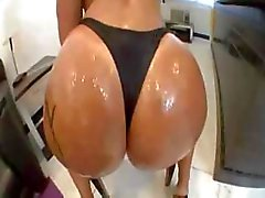 Monica Santhiago Big Booty Gets Vette