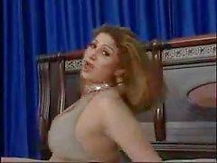 Pakistani wunderschönen bigboobs aunty Nackt tanzen in ihrem Schlafzimmer