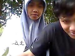 Indonesiens - cewek jilbab ciuman sama Pacar