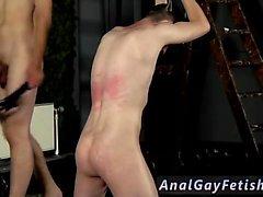 Liekehtiviä alistamista ja miehen orjuuden Videogalleriasta gay ruoskitaan