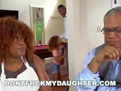 Kızım becerme - Siyah Genç Kendall Woods Onun Babalar Arkadaşa Fucks