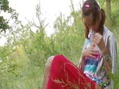russisch Nataschas zurück in die Natur