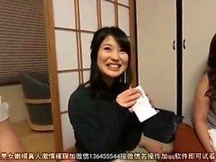 Geilen japanisch Jugendliche in heißen Gang-Bang und Sex-Spielzeug