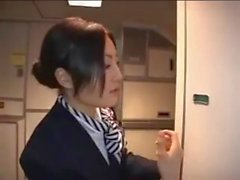 Hostess asiatico dà Hot Handjob su Airplane