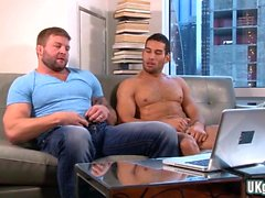 Muskel gay oralsex och cumshot