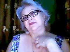 Russian babaanne eski bir bir öğretmen webcam onu büyük göğüsleri yanıp sönme
