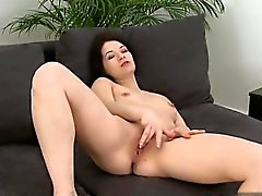 Geile Hausfrau fermer en place orgasme