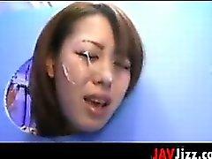 Chicks giapponese in e Vecchie facciali