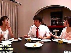 Meninas japonesas atacados jav menina massagem no kitchen.avi